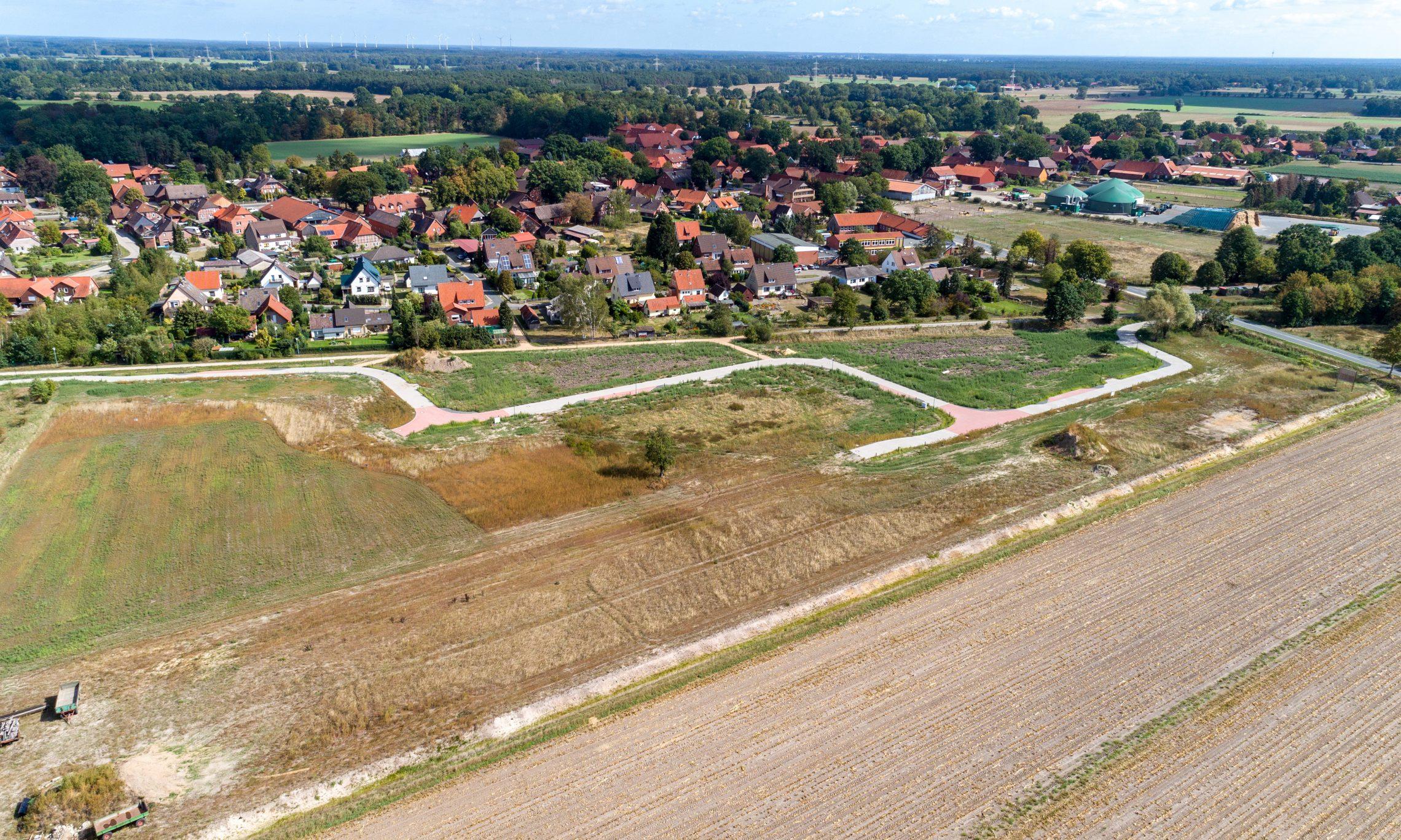 Langlingen, Südlich der alten Bahntrasse (Foto: Bauland Report)